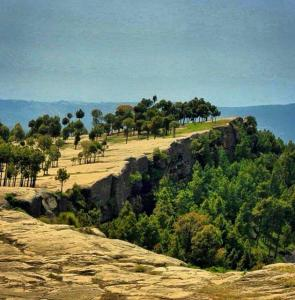 Panj Peer Rocks Tour